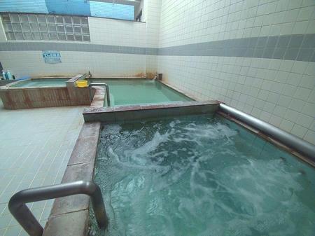泡風呂・主浴槽・電気風呂