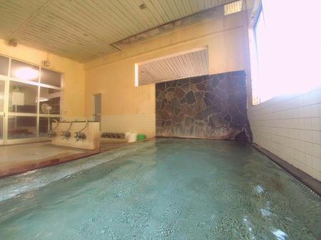 昭和な湯殿です