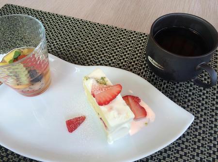 飲み物とデザート