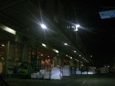 横浜市場1
