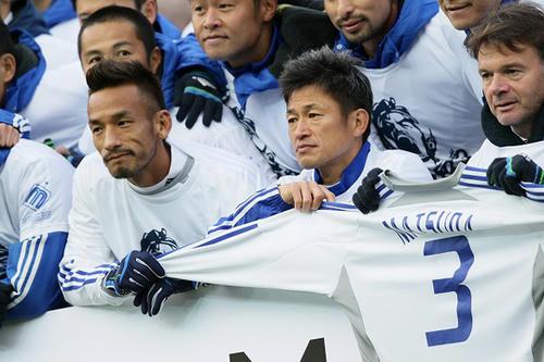 soccer120123_2_title.jpg