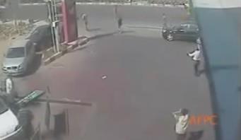 これゲームじゃないのよ!?グランド・セフト・オートみたいな運転する車の事故。