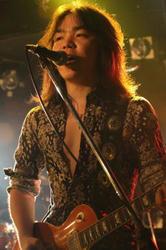 2011709_t_004.jpg