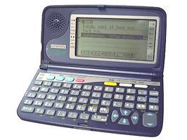 ツインバード 手書き入力や英語発音も出来る!タッチペン式音声機能搭載電子辞書 語自慢(ごじまん)『PD-J801』