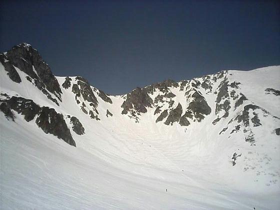 八丁坂と宝剣岳方向