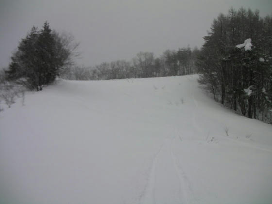 14:33 この斜面はクラストしていて最中雪で楽しくなかった