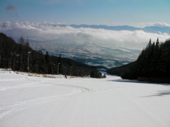 914 スキー場TOPより。良さそうな新雪が!