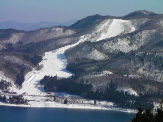 1459 対岸のyamabaGreen&SnowPark あちらの方が滑走者が多く見えましたorz