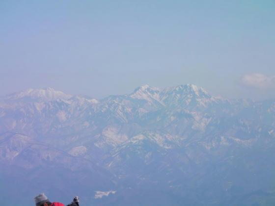 1036 左から妙高山、乙妻山、高妻山。黒姫ではなかった