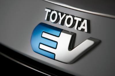 トヨタ、EV量産化