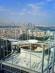 新宿高層ビル群を望む