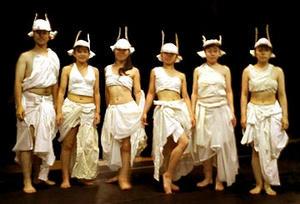 「小倉八人逸衆」は公演名です
