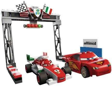 8423 「Cars - World Grand Prix Racing Rivalry」
