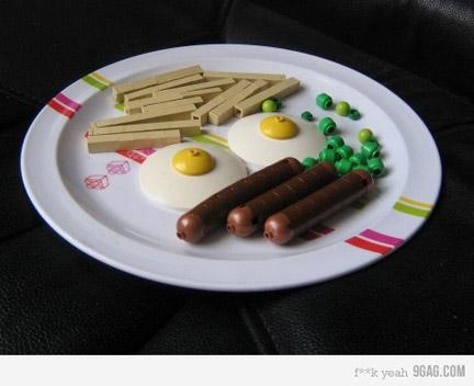 LEGOで朝食を