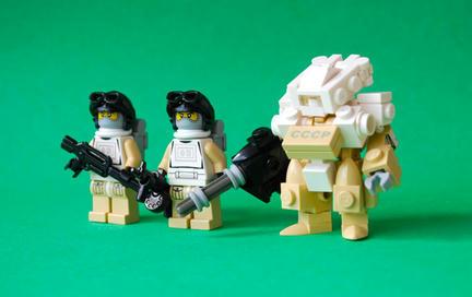 砂漠のレゴ兵