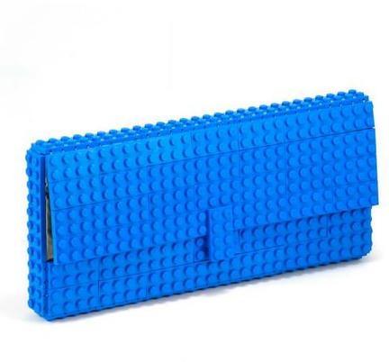 レゴ製の長財布