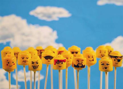 LEGOミニフィグ・ケーキ・ポップ