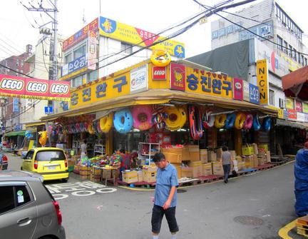 韓国・ソウルのLEGOショップ