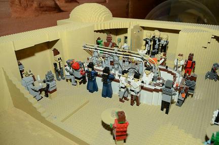 LEGOで『スター・ウォーズ エピソードIV』チャルマンの酒場