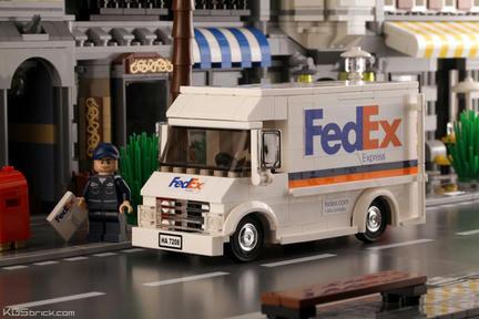 LEGOでつくったFedExのトラック