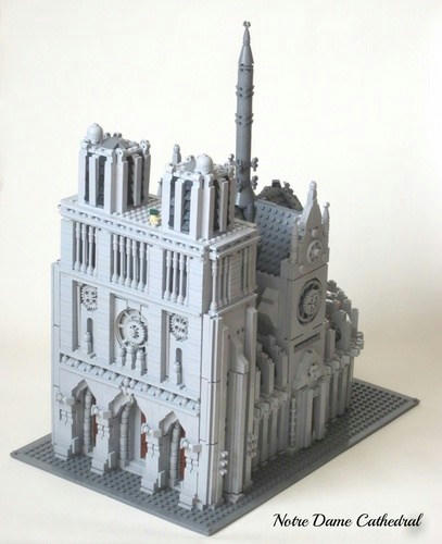 LEGOノートルダム大聖堂