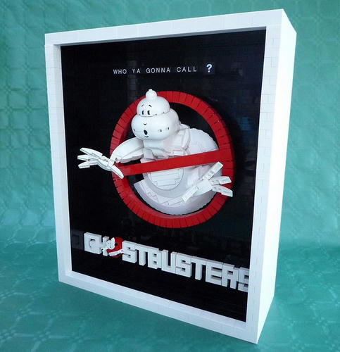 LEGOで立体化したゴーストバスターズのポスター