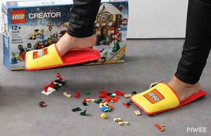 LEGOスリッパ