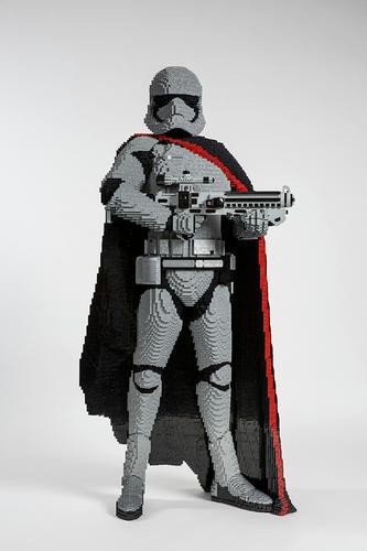 原寸大LEGOキャプテン・ ファズマ