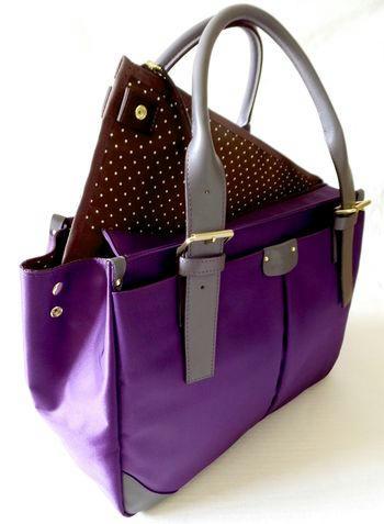 女性用ビジネスバッグパープル斜めPCケース