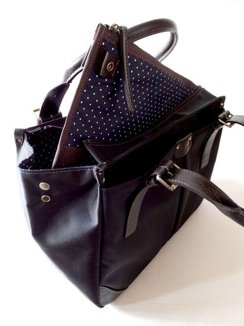 A4定番型ビジネスバッグ女性用A4黒ネイビーさくら色とPCケース