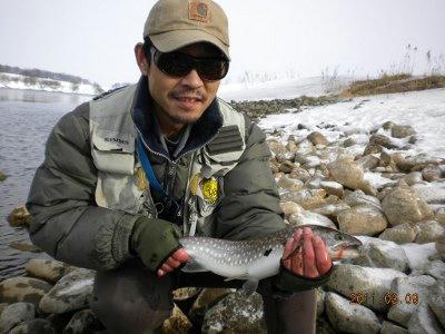 2011-03-09-002 千歳川 アメマス