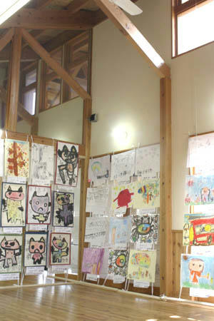 児童絵画展02