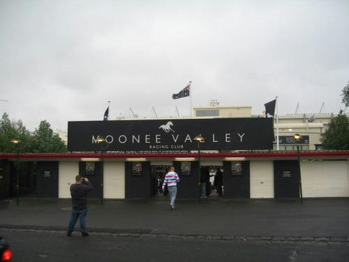 ムーニーバレー競馬場