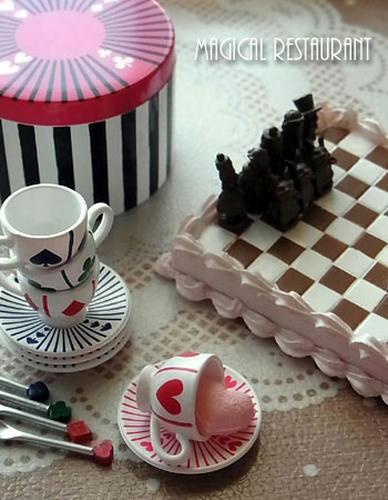 アリスのティーパーティー&チョコレートチェス