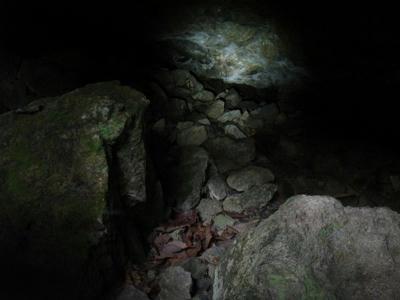 小瀬ヶ沢洞窟内部