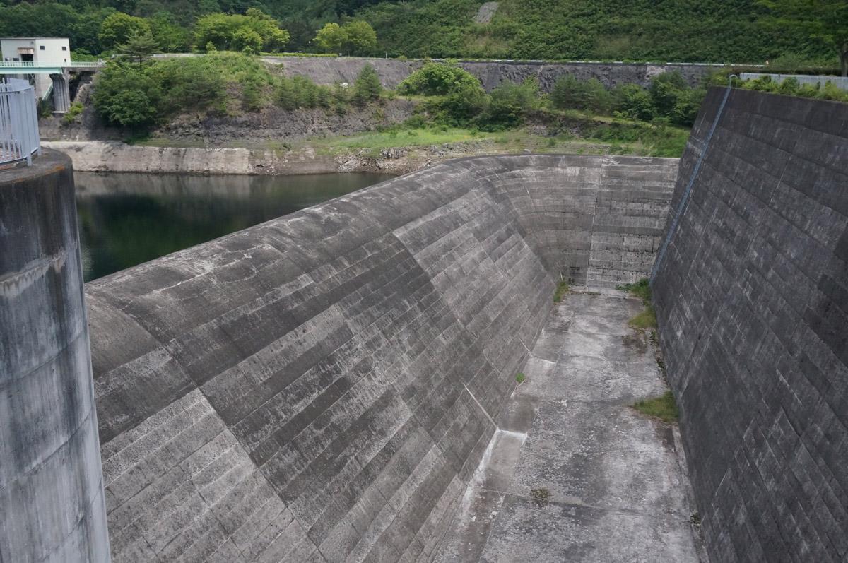 dam20_04.jpg