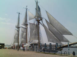 """帆船""""あこがれ""""セイルドリルでフルセイル!"""