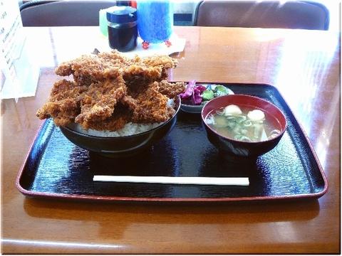ニコニコ亭ソースカツ5枚丼