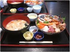 魚啓の海鮮丼