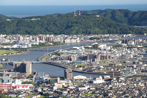 或る日の高知市