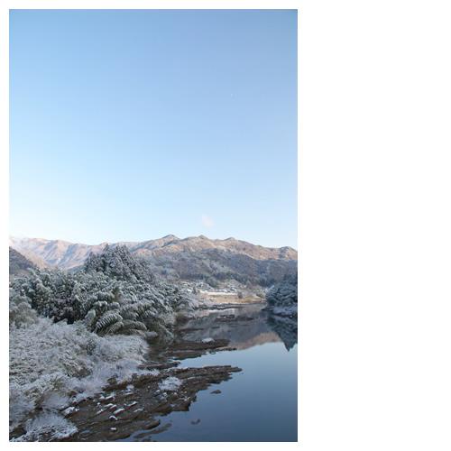白の彩り添えた風景