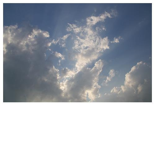 雲間から光が漏れたら・・・