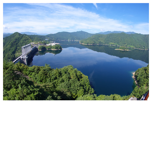 水いっぱい早明浦ダム