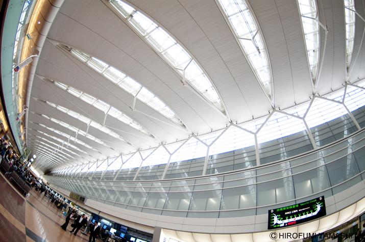 羽田空港第2旅客ターミナル2階 出発ロビー