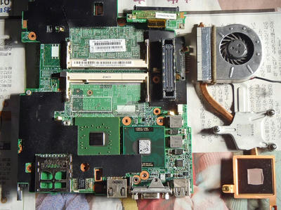 ThinkPad X60s 二号 システムボード裏 CPUクーラー外し