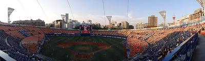 横浜スタジアム全景