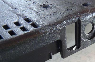 ThinkPad R61 ボトムケース 左USB部も耐熱ブラック&クリア荒吹きでシボ風仕上げ