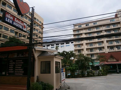 Pattaya soi guide 13 for Lek hotel pattaya