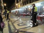 セグウェイに乗るリスボンの警察
