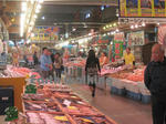 舞鶴港とれとれセンターの海鮮市場の中